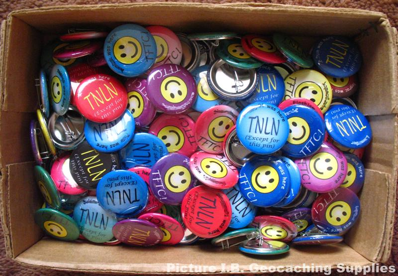 Geocaching swag buttons personalized with caching names and colour preferences.