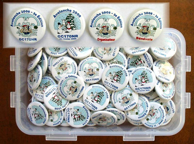 [Picture of Custom Geocaching Buttons]